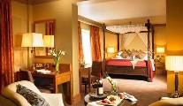 CastleCourt Hotel, The