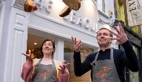 Foodies Fight Back with Lucinda