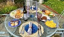 Restaurant Review - Ali Davis Food