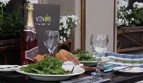 Vinos Restaurant & Cafe